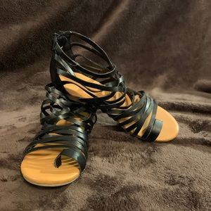 girls' gladiator sandals